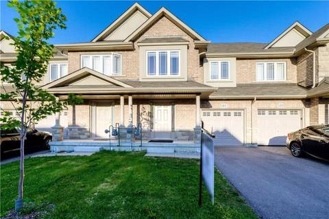 Townhouse for sale at 101 Charleswood Cres Hamilton Ontario - MLS: H4058350