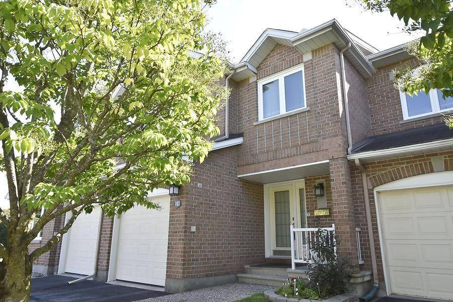 Townhouse for sale at 101 Dalecroft Cres Ottawa Ontario - MLS: 1168416