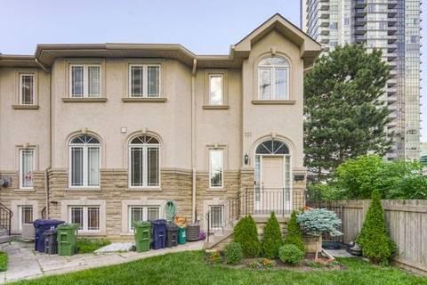 Townhouse for sale at 101 Doris Ave Toronto Ontario - MLS: C4502610