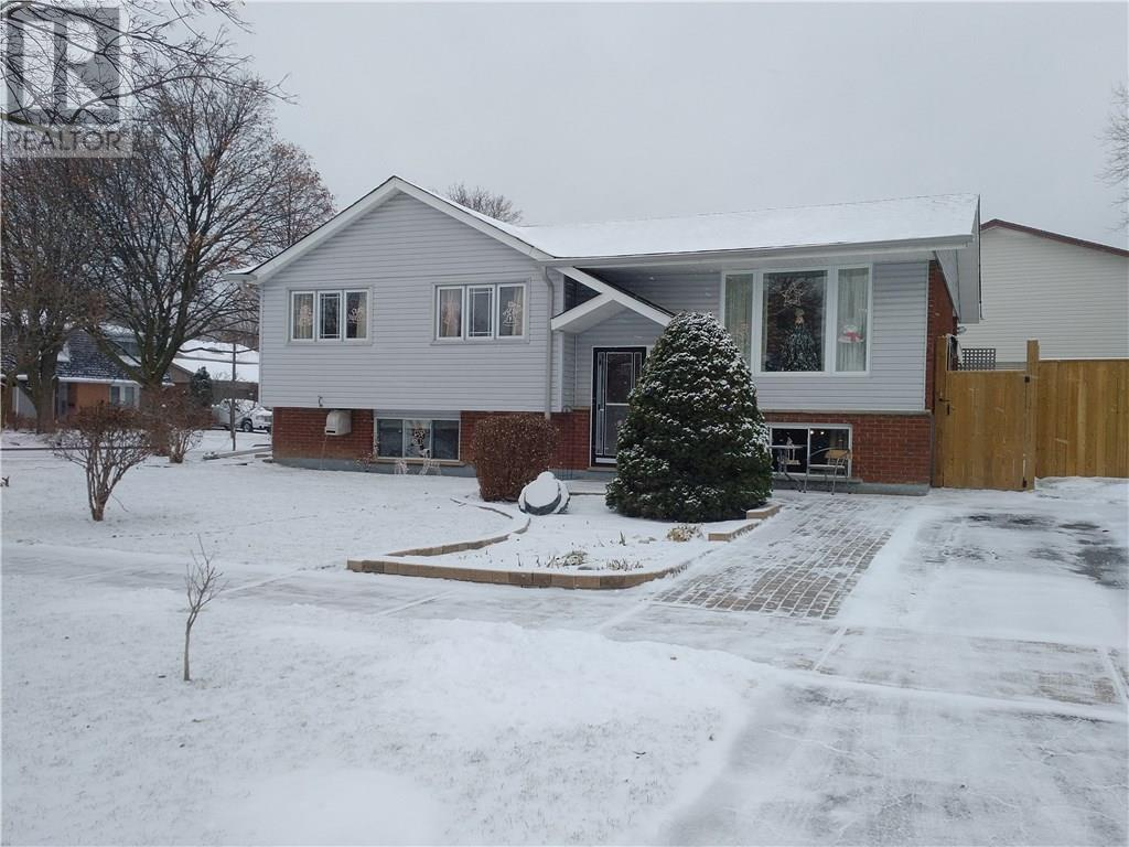 25 - 230 Blackhorne Drive, Kitchener | Sold? Ask us | Zolo.ca