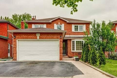 House for sale at 101 Harmonia Cres Vaughan Ontario - MLS: N4469710