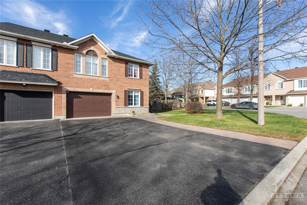 Removed: 101 Macassa Circle, Ottawa, ON - Removed on 2020-11-25 12:03:24