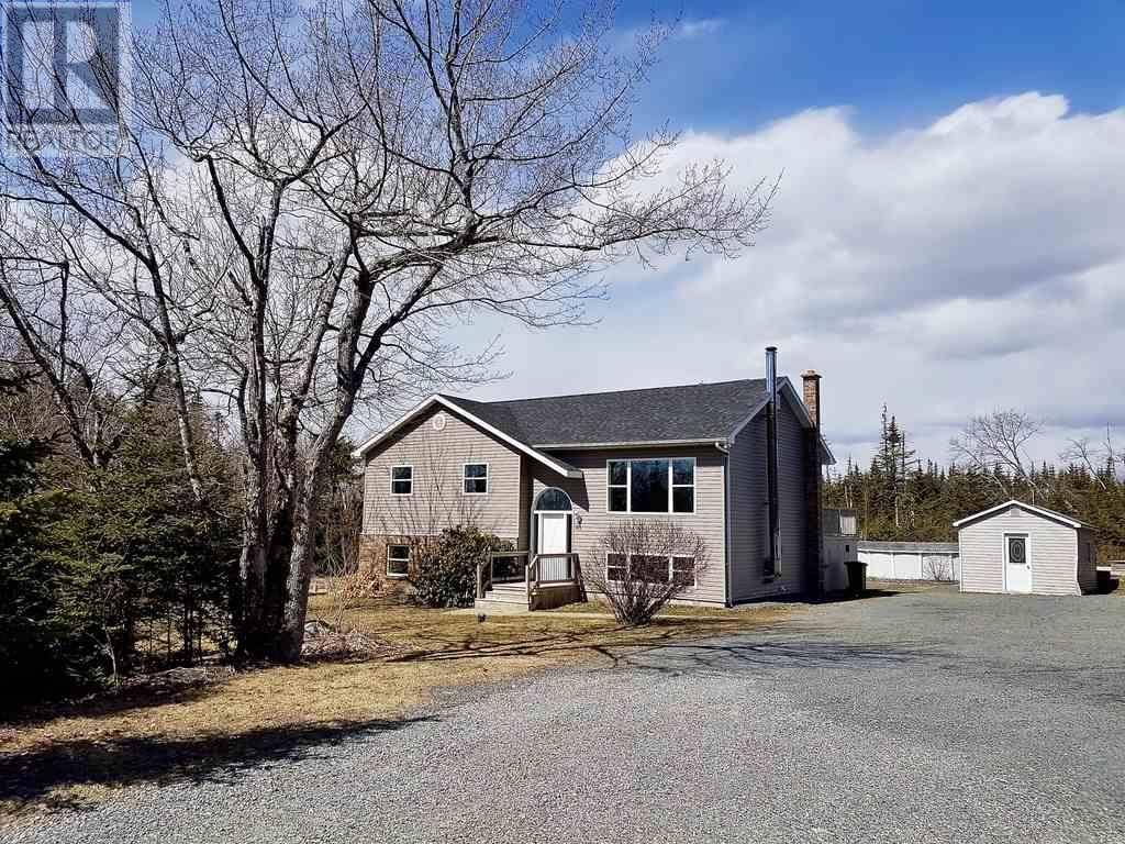House for sale at 101 Old Coach Rd Hatchet Lake Nova Scotia - MLS: 202002335