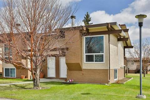 Townhouse for sale at 101 Rundlewood Ln Northeast Calgary Alberta - MLS: C4243719