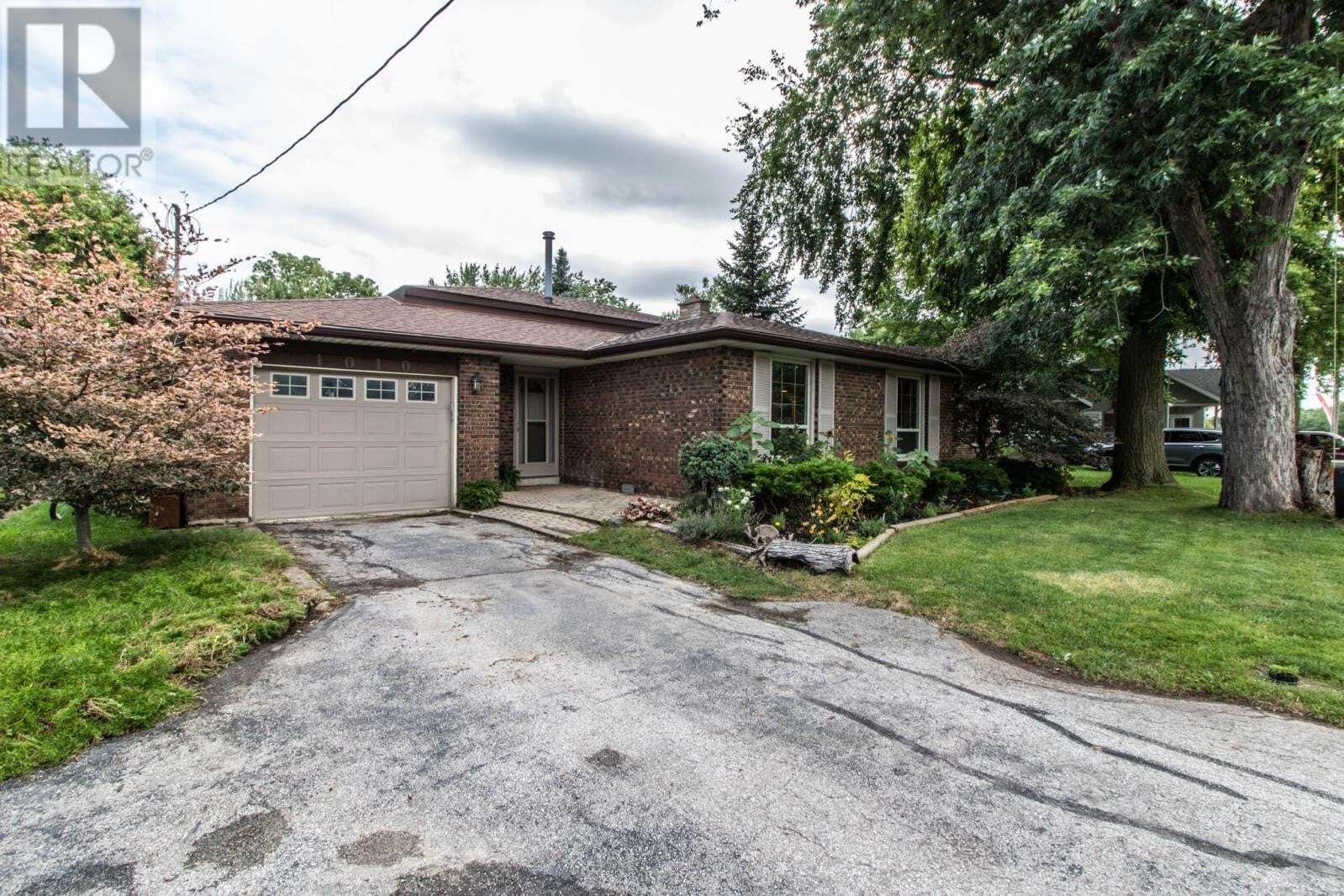 House for sale at 1010 County Rd 22  Lakeshore Ontario - MLS: 20009807
