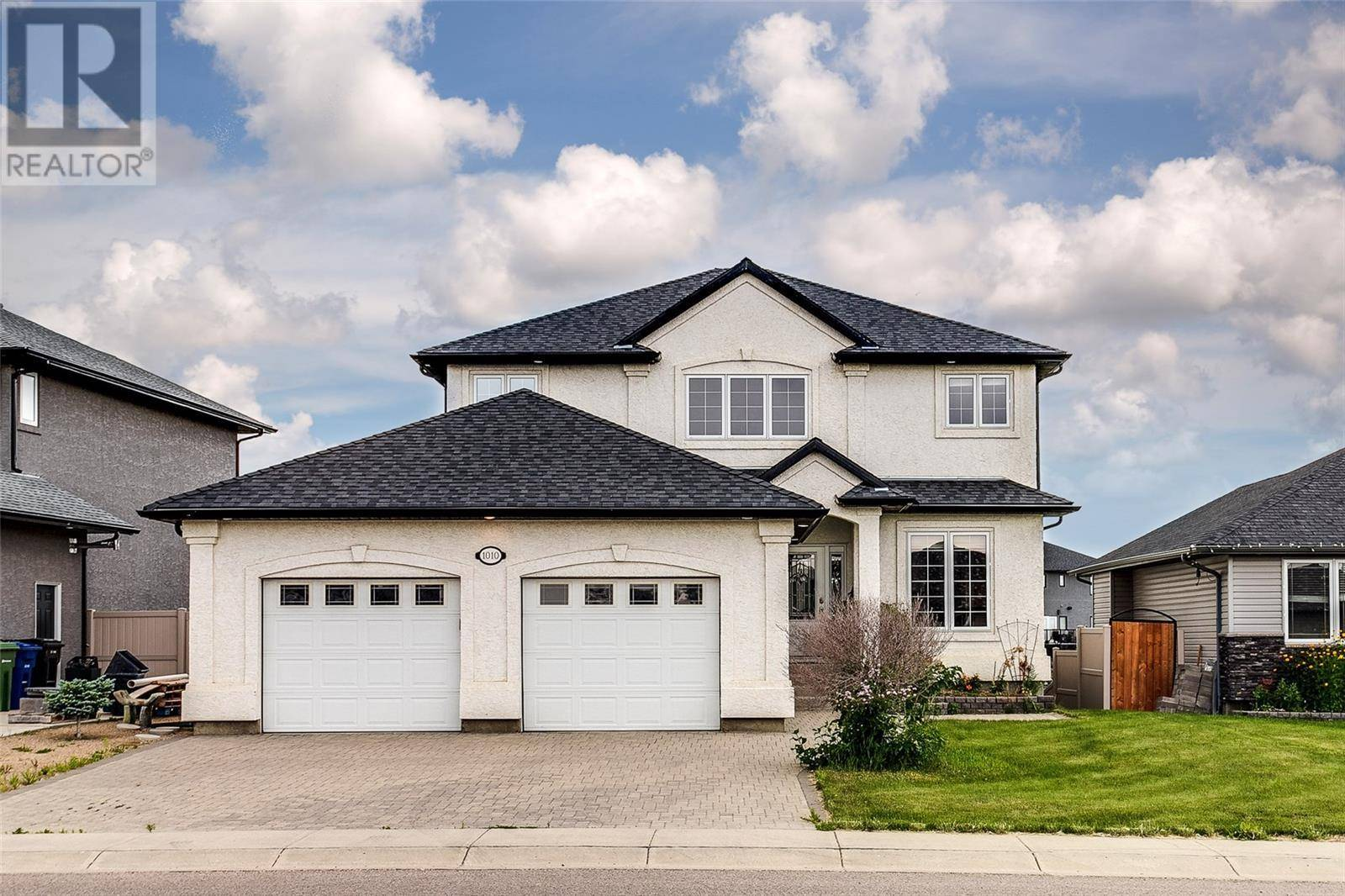 House for sale at 1010 Denham Cres Saskatoon Saskatchewan - MLS: SK779764