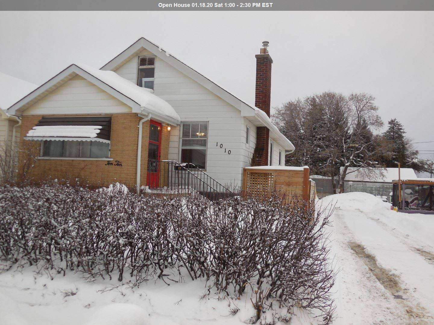 House for sale at 1010 Sprague St Thunder Bay Ontario - MLS: TB200038