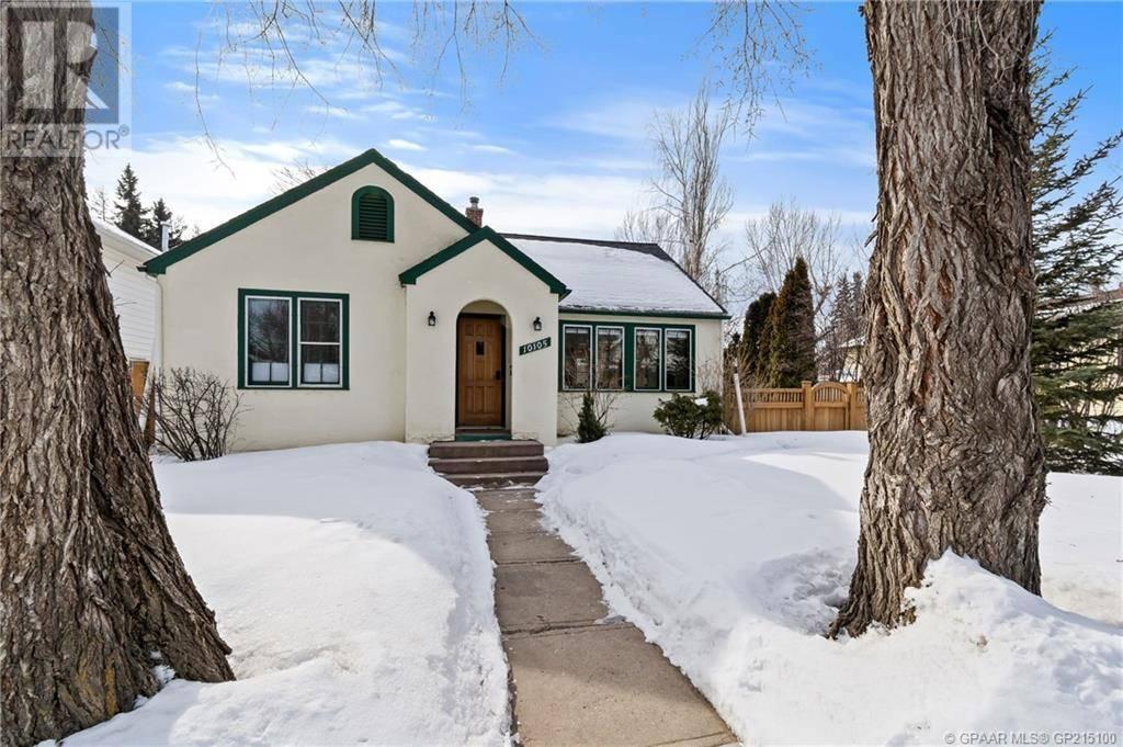 House for sale at 10105 94 Ave Grande Prairie Alberta - MLS: GP215100