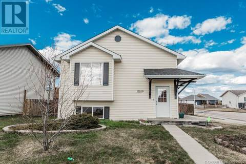 House for sale at 10109 98 St Sexsmith Alberta - MLS: GP205355