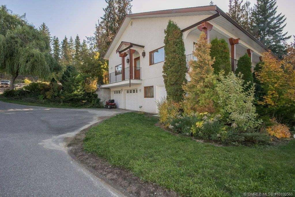House for sale at 1011 Auto Rd Southeast Salmon Arm B.c. British Columbia - MLS: 10199560