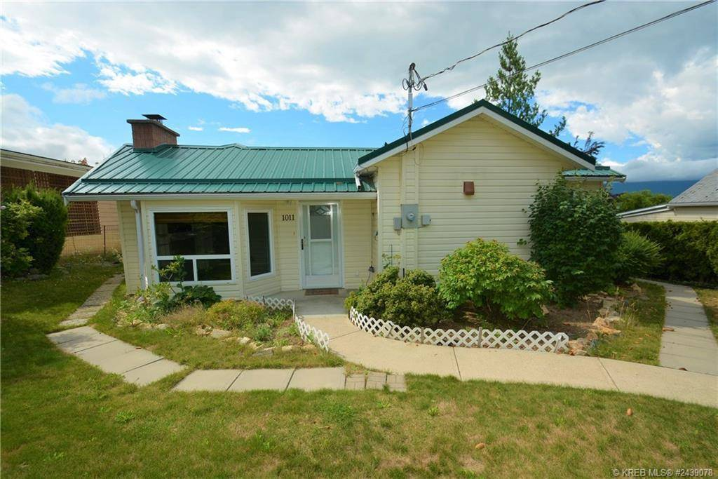 House for sale at 1011 Cook Street  Creston British Columbia - MLS: 2439078