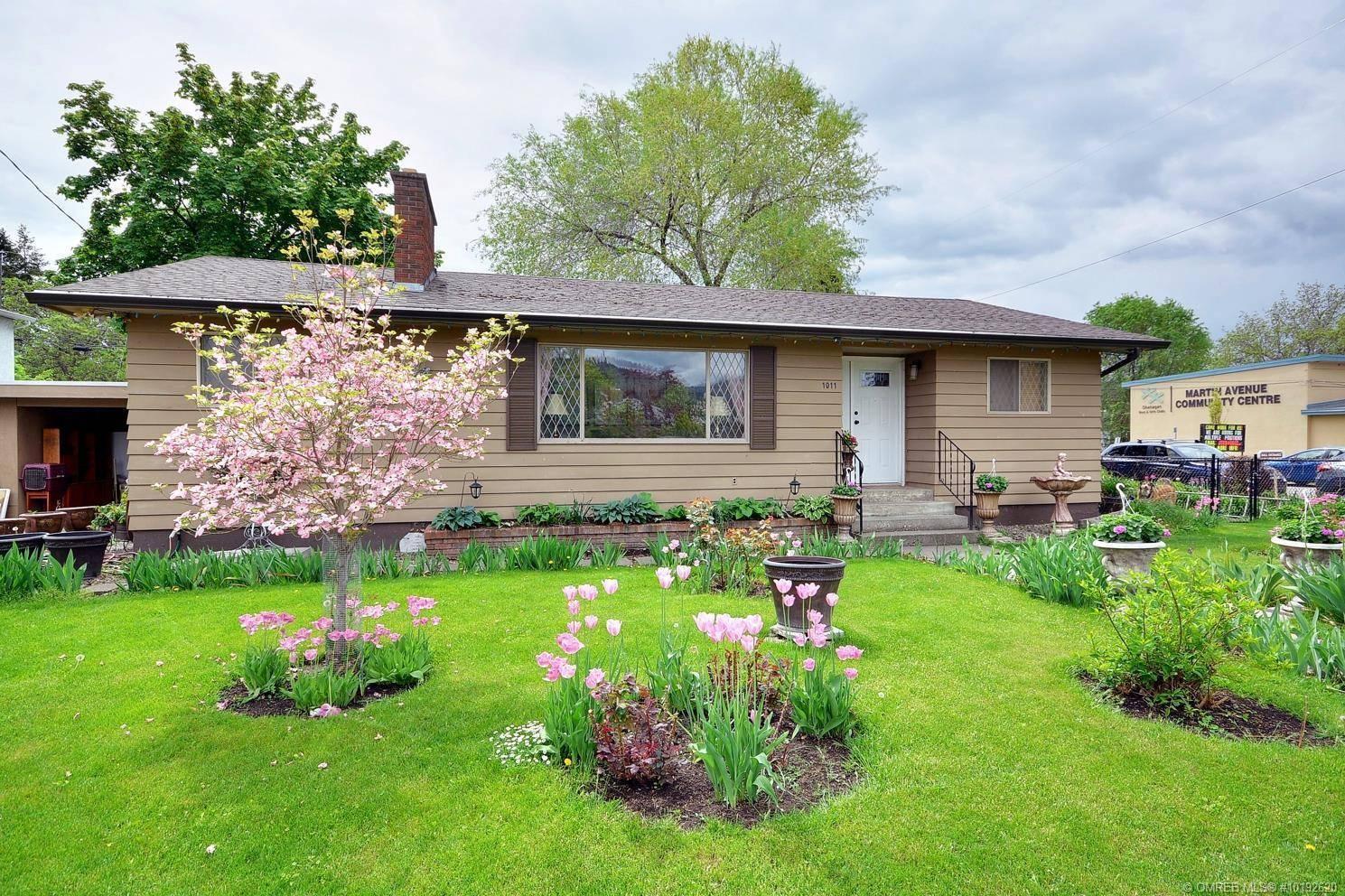 House for sale at 1011 Martin Ave Kelowna British Columbia - MLS: 10192620