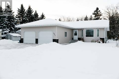 House for sale at 1011 Poplar Cres Waldheim Saskatchewan - MLS: SK797409