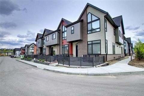 Townhouse for sale at 1011 Sage Meadows Garden(s) Northwest Calgary Alberta - MLS: C4300673