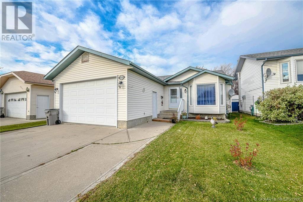 House for sale at 10110 115 Ave Grande Prairie Alberta - MLS: GP213835