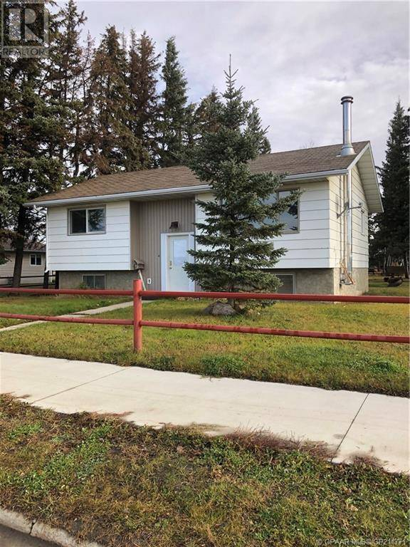 House for sale at 10116 101 Avenue Court Hythe Alberta - MLS: GP211771