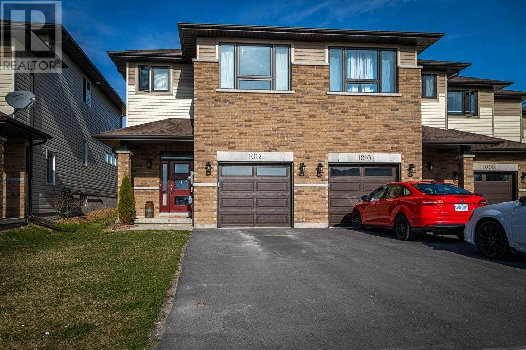 Townhouse for sale at 1012 Rosanna Ave Kingston Ontario - MLS: K20002124