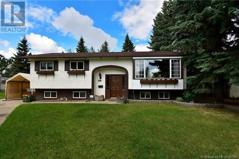 House for sale at 10128 85 Ave Grande Prairie Alberta - MLS: GP207347