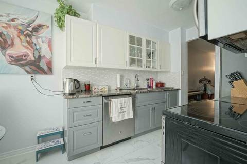 Apartment for rent at 633 Bay St Unit 1013 Toronto Ontario - MLS: C4669181