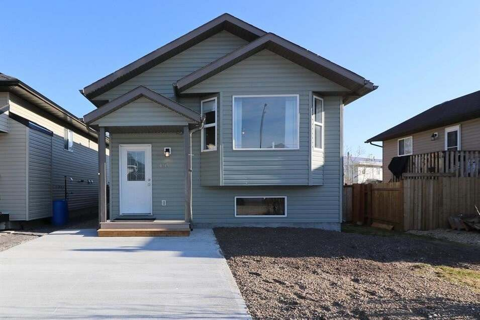 House for sale at 10135 98a St North Sexsmith Alberta - MLS: A1001040