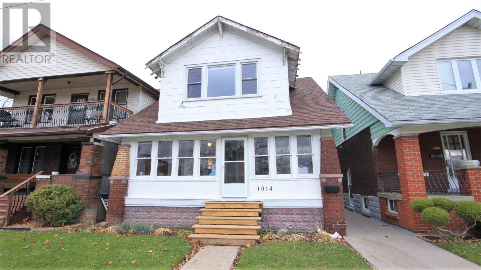 House for sale at 1014 Giles Blvd East Windsor Ontario - MLS: 19028868