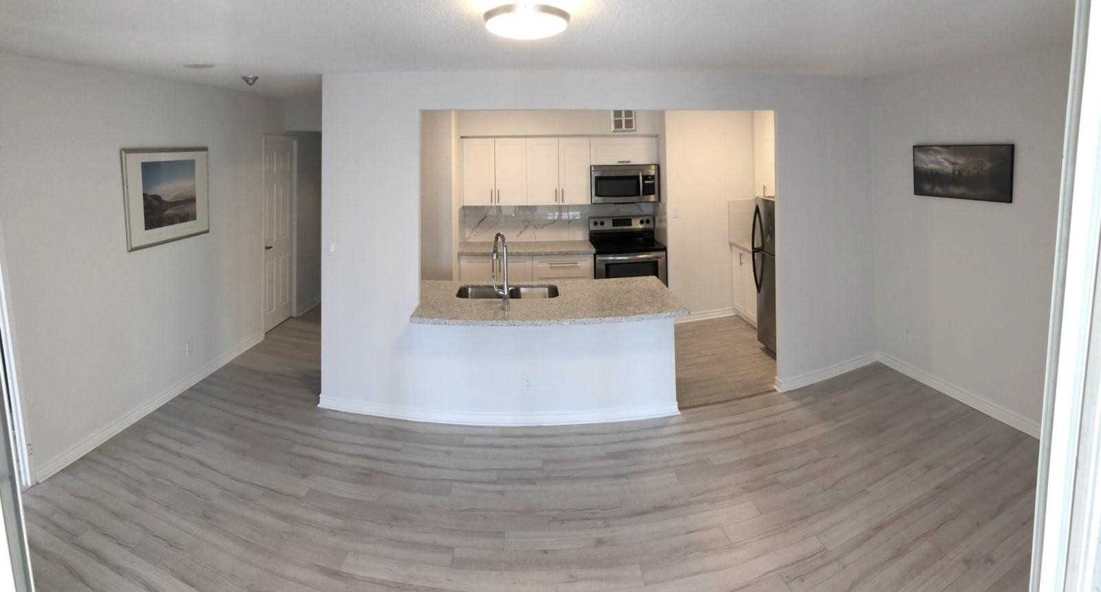 For Rent: 1015 - 633 Bay Street, Toronto, ON | 1 Bed, 2 Bath Condo for $2100.00. See 8 photos!