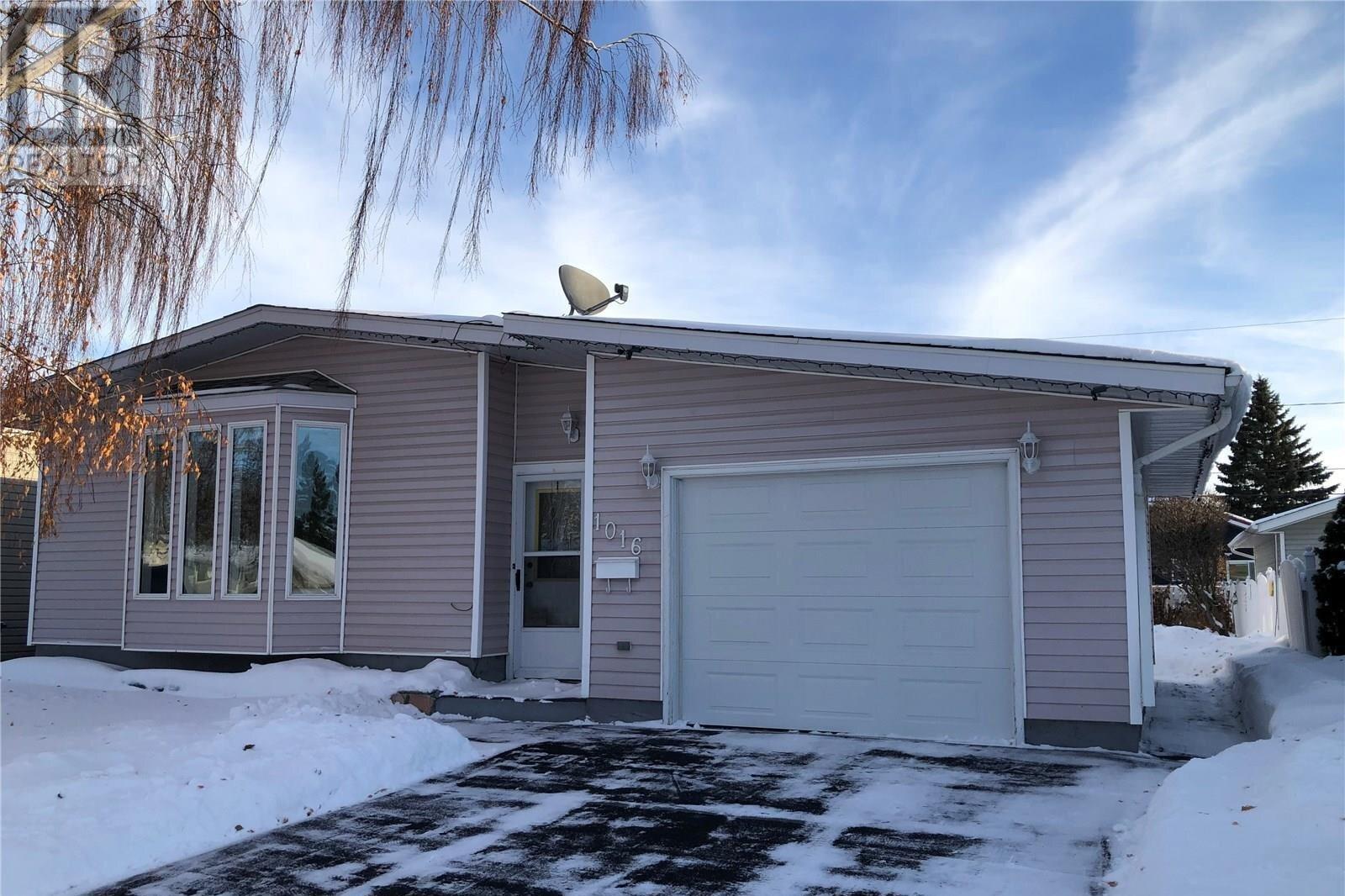House for sale at 1016 14th St Humboldt Saskatchewan - MLS: SK820829