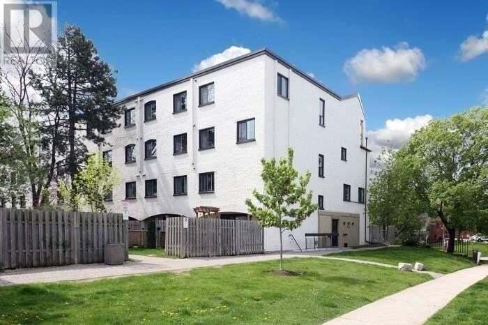 Townhouse for sale at 1016 Falgarwood Dr Oakville Ontario - MLS: 30818749
