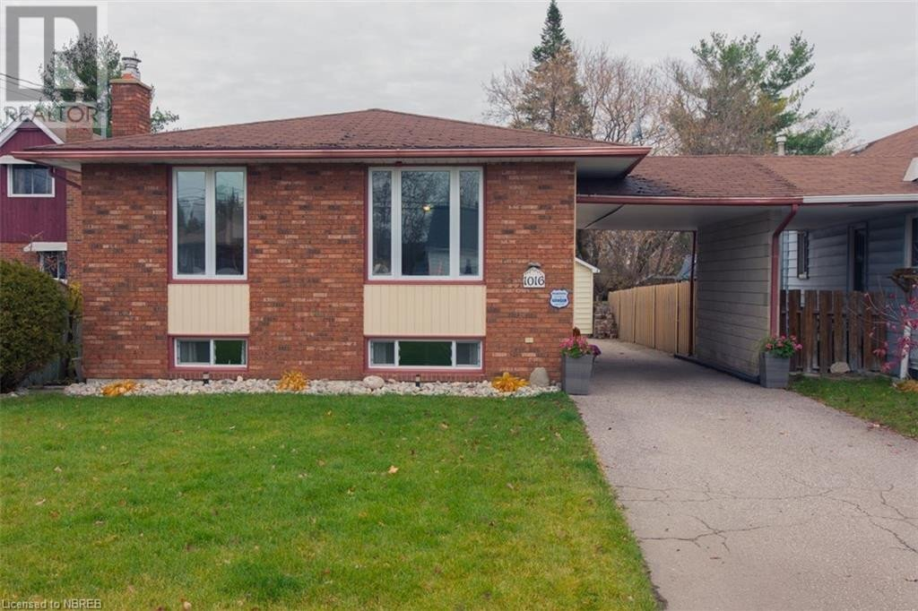 House for sale at 1016 Mcleod St North Bay Ontario - MLS: 40038004