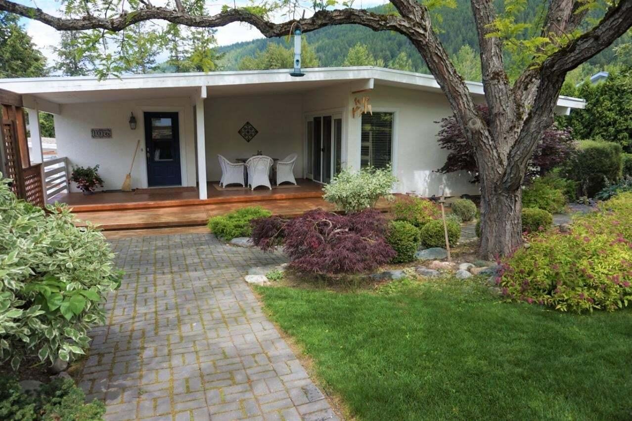 House for sale at 1016 Scott Street  Creston British Columbia - MLS: 2452887
