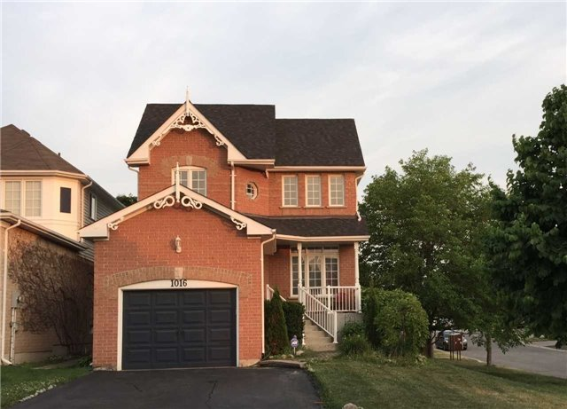 Sold: 1016 Summitview Crescent, Oshawa, ON