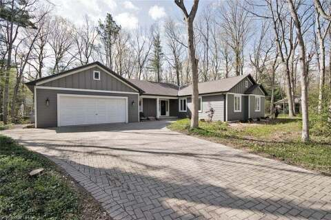 House for sale at 10163 Sumac Ct Grand Bend Ontario - MLS: 262015
