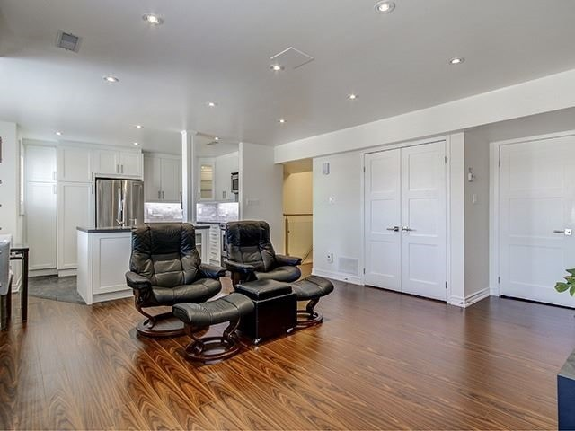 For Sale: 1017 - 75 Weldrick Road East, Richmond Hill, ON | 3 Bed, 3 Bath Condo for $639,000. See 20 photos!