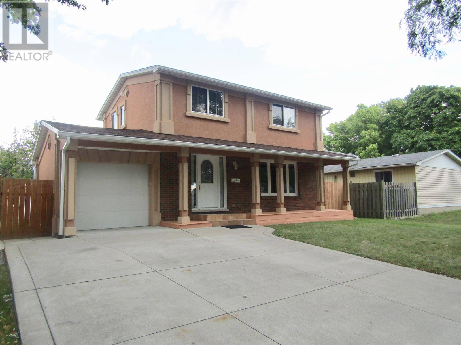 House for sale at 10170 Eastcourt  Windsor Ontario - MLS: 19024772