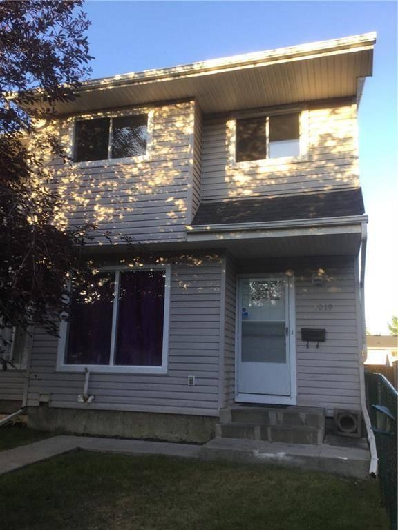 Townhouse for sale at 3235 56 St Ne Unit 1019 Pineridge, Calgary Alberta - MLS: C4264154