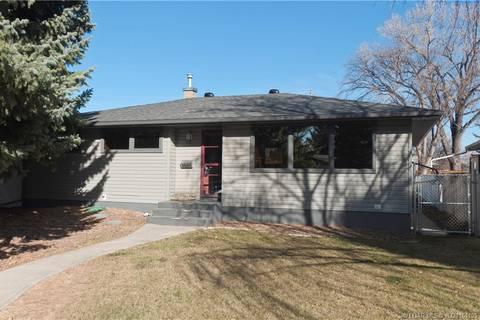 House for sale at 1019 34 St S Lethbridge Alberta - MLS: LD0164105