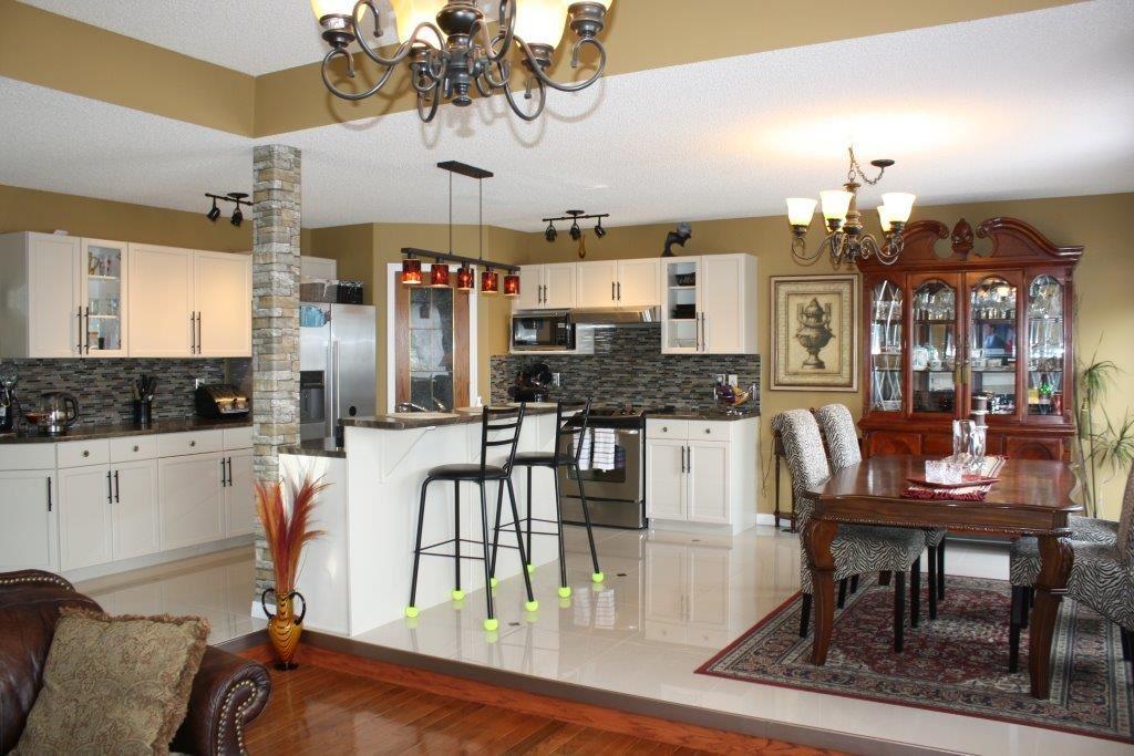 1019 Macewan Close SW, Edmonton — For Sale @ $499,000 | Zolo.ca
