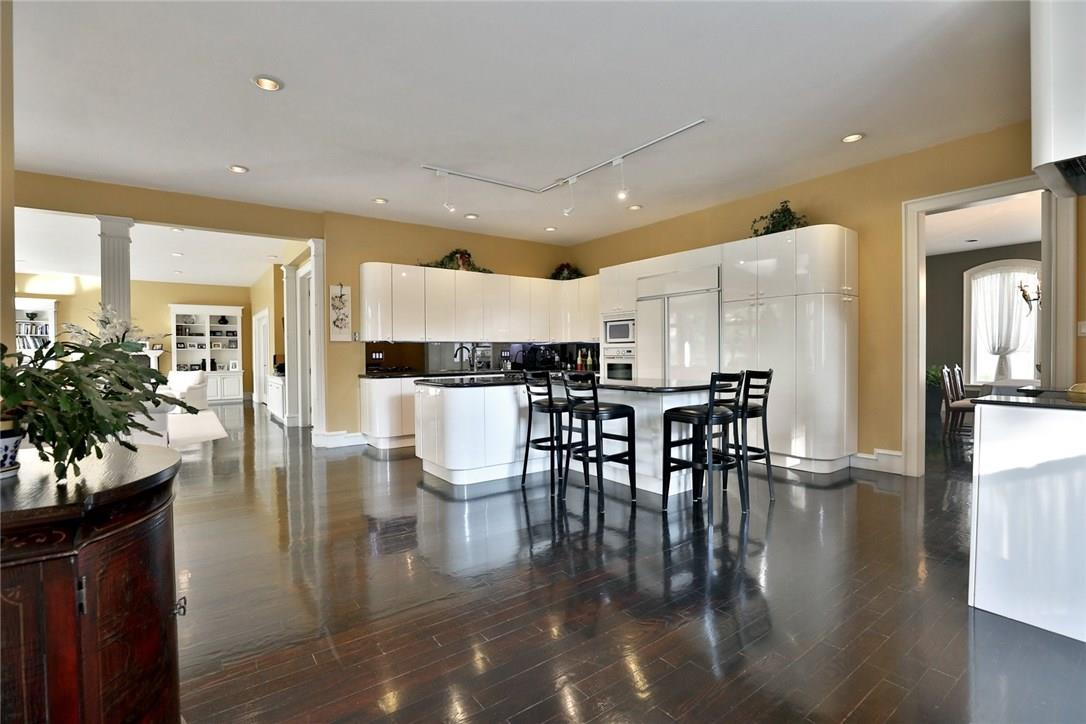 For Sale: 1019 Scenic Drive, Hamilton, ON | 5 Bed, 6 Bath House for $2,650,000. See 39 photos!