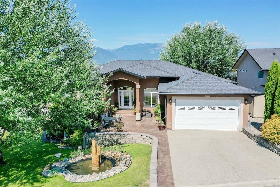 House for sale at 1019 Selkirk Drive Dr Creston British Columbia - MLS: 2439543
