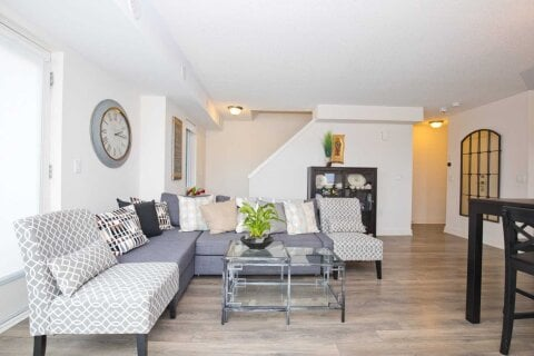 Condo for sale at 100 Dufay Rd Unit 102 Brampton Ontario - MLS: W4963431