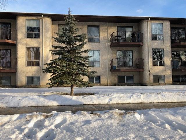Buliding: 10829 117 Street, Edmonton, AB