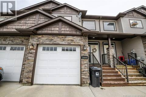 Townhouse for sale at 14904 102 A St Unit 102 Grande Prairie, County Of Alberta - MLS: GP206242