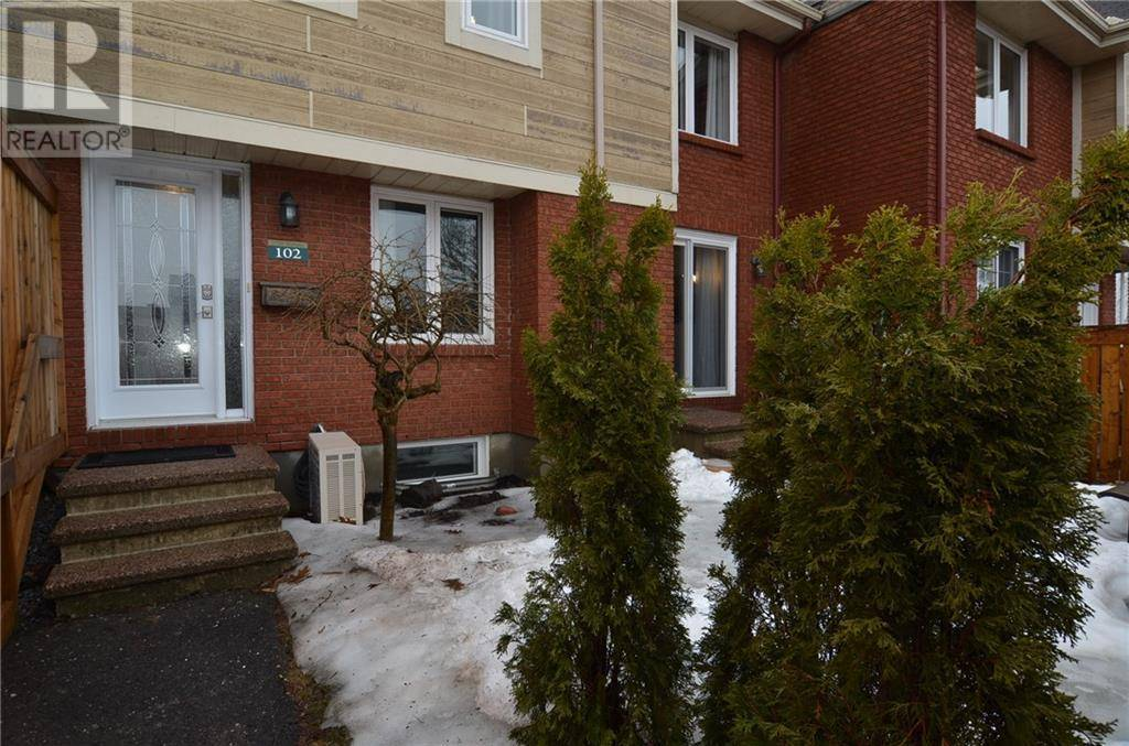 Townhouse for sale at 1700 Marsala Cres Unit 102 Orleans Ontario - MLS: 1187774