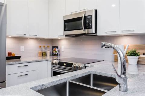 Condo for sale at 20696 Eastleigh Cres Unit 102 Langley British Columbia - MLS: R2428915