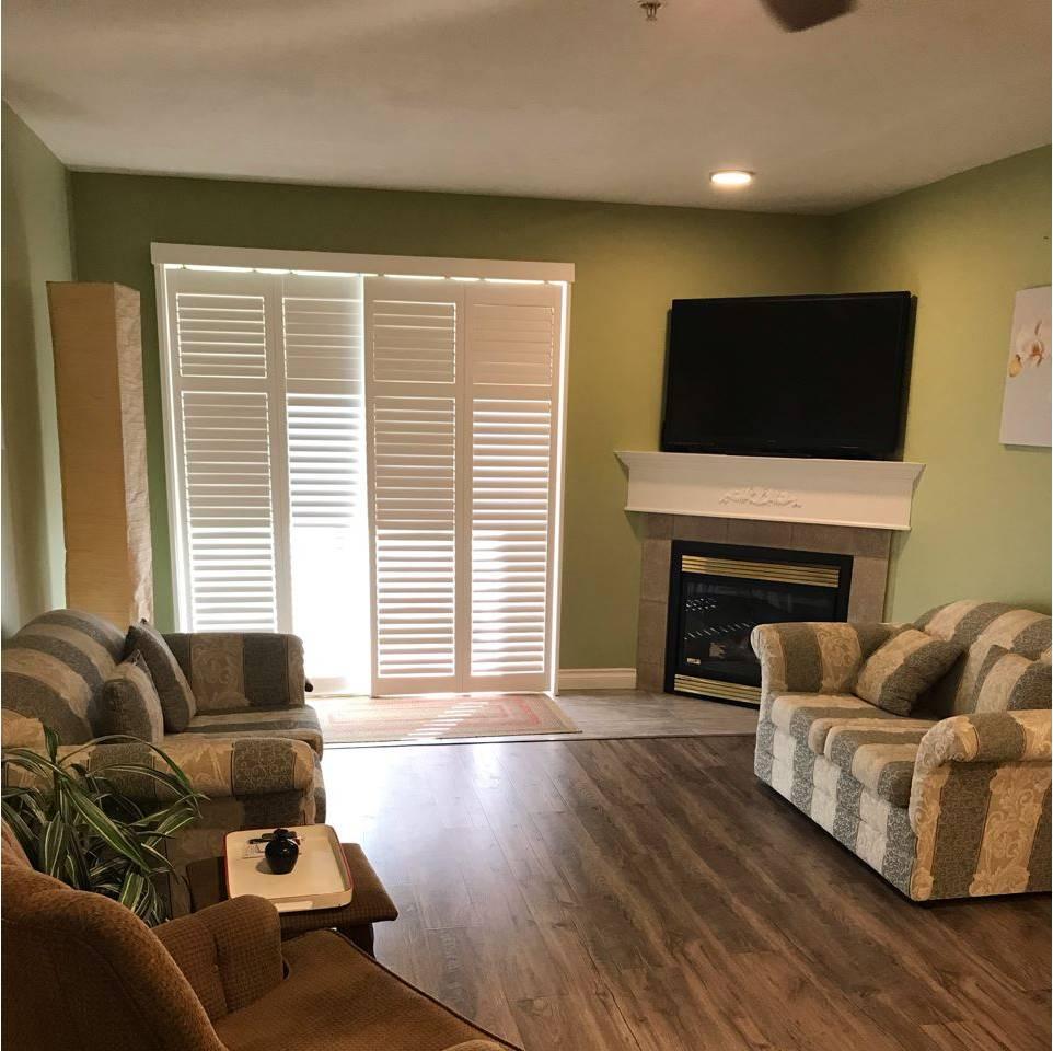 Maple Ridge Apartments: 22230 North Avenue, Maple Ridge
