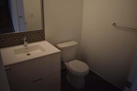 Apartment for rent at 2530 Eglinton Ave Unit 102 Mississauga Ontario - MLS: W4871150