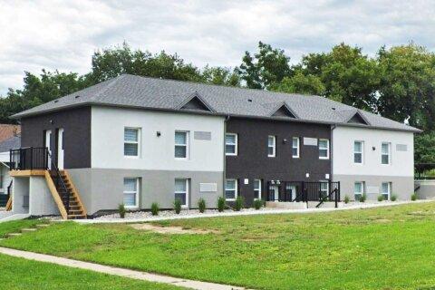 Townhouse for rent at 255 Tresane St Unit 102 Oshawa Ontario - MLS: E4968189