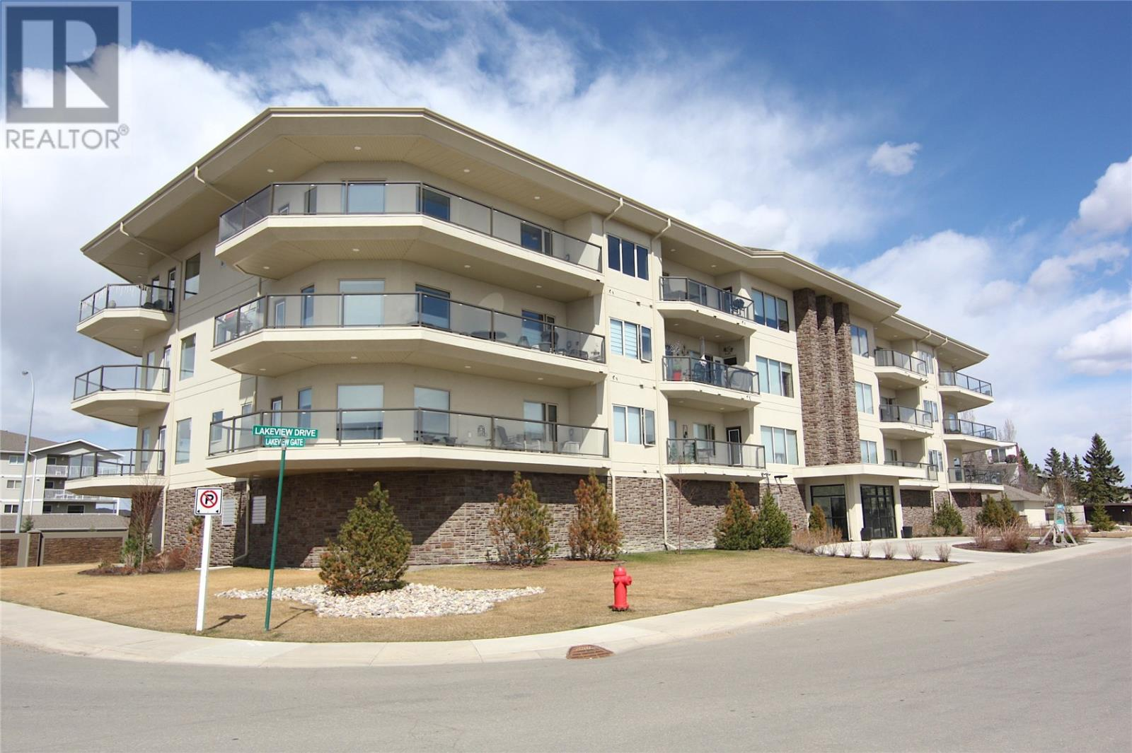Buliding: 2800 Lakeview Drive, Prince Albert, ON