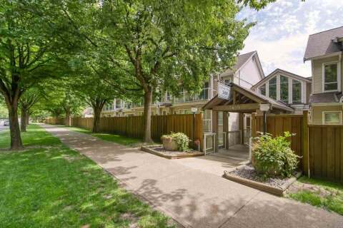 Condo for sale at 3400 Marine Dr SE Unit 102 Vancouver British Columbia - MLS: R2460247