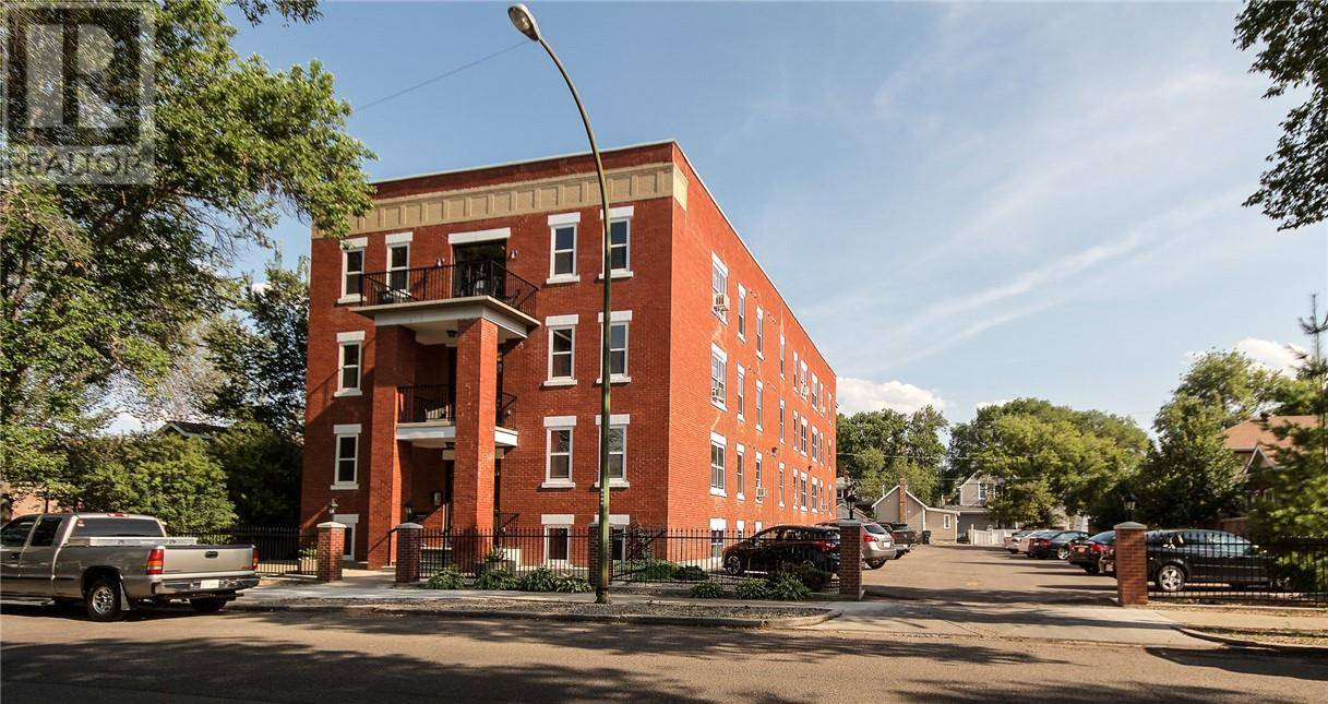 Condo for sale at 371 Aberdeen St Se Unit 102 Medicine Hat Alberta - MLS: mh0180192